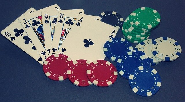 Online Poker Website – Fun And Excitement At Its Best