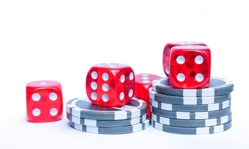 Online Casinos- What Games They Offered To The Gamblers