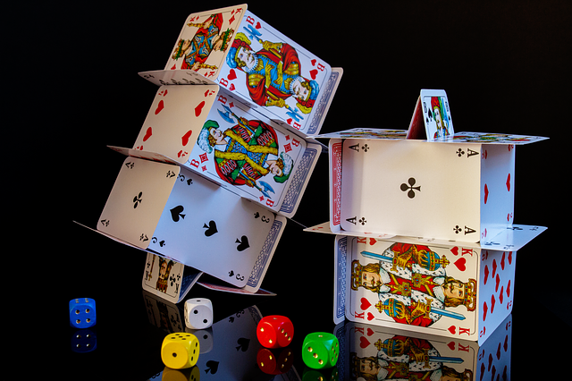 4 famous games of online casinos, which people love to play