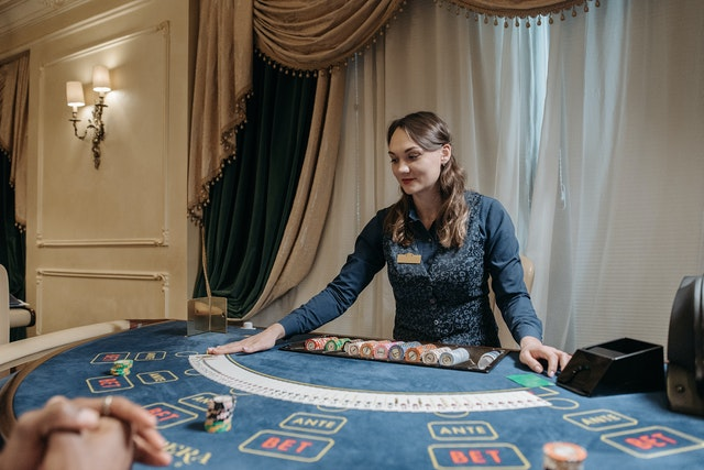 Looking For Tips To Win Slot Games At Online Casinos?- Find It Out Below.